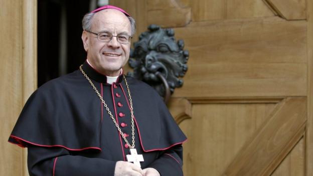 Bischof Vitus Huonder will es wissen.