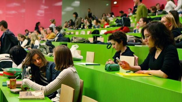 Hörsaal an der Universität Zürich