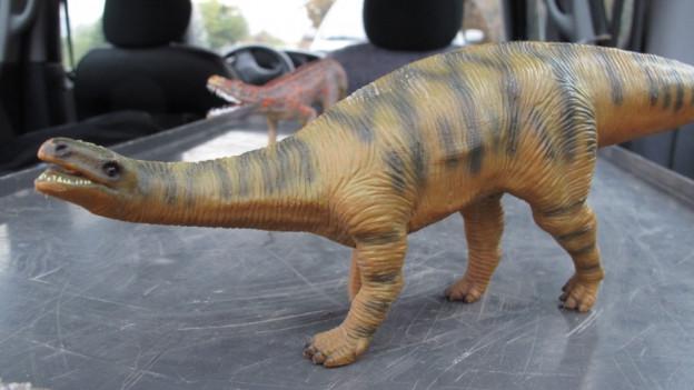 Plastik-Dinosaurier