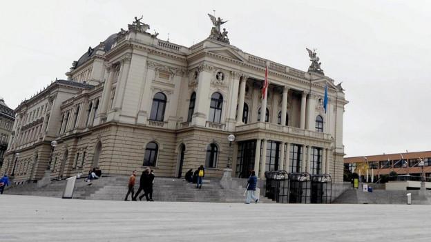 Das Opernhaus Zürich lockte weniger Gäste aus anderen Kantonen an.