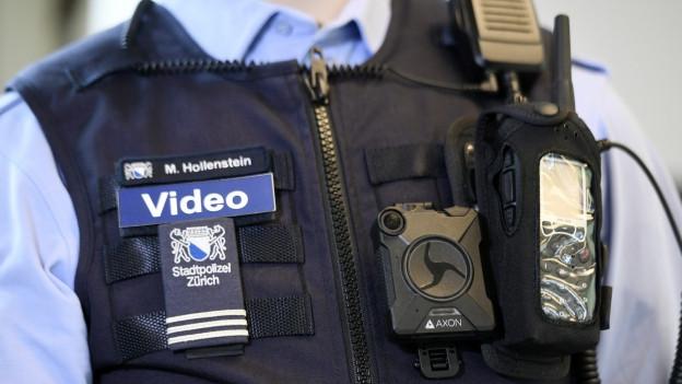 Ab kommendem Februar kommen auf Zürcher Strassen Bodycams zum Einsatz.