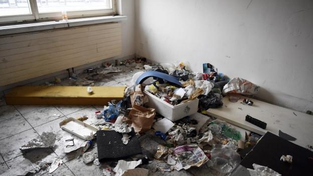 Die ausziehenden Mieter hinterlassen teilweise viel Abfall.