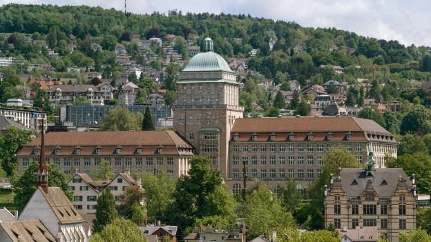 Das Hauptgebäude der Universität Zürich.