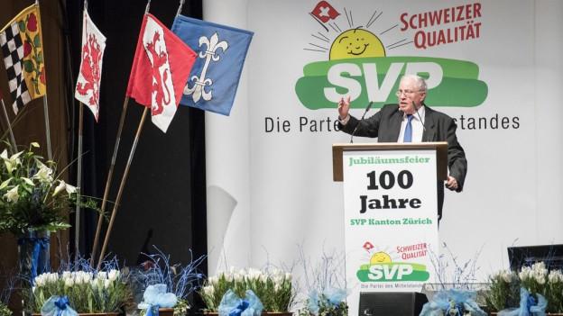 Christoph Blocher während seiner Jubiläumsrede.