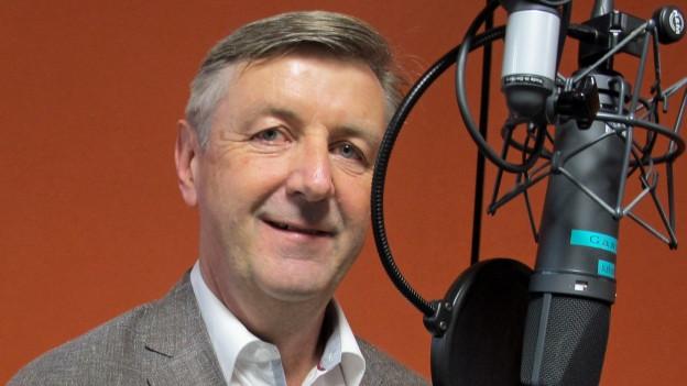 Daniel Weder, bis Freitag noch Chef der Flugsicherung Skyguide, vor dem Wochengast-Mikrofon im Radiostudio Zürich.