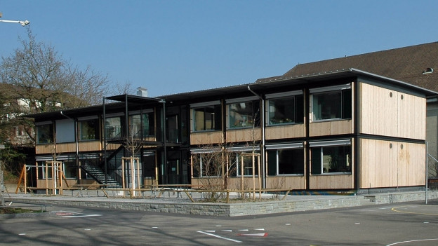 Schulhaus-Pavillons in Zürich Wipkingen