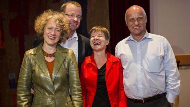 Die vier Zürcher SP-Stadträte strahlen um die Wette.