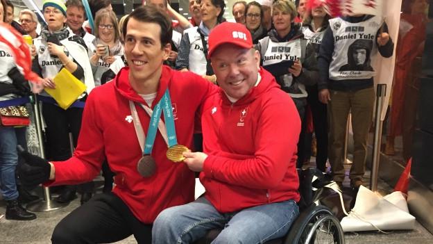 Ramon Zenhäusern wird empfangen, Felix Wagner macht sich auf den olympischen Weg.