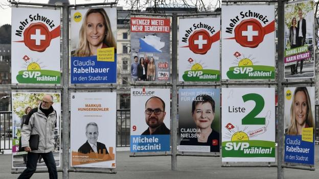 Wahlplakate in der Stadt Zürich