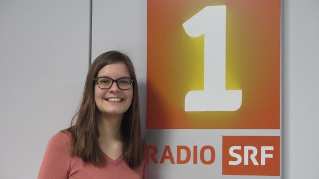 Porträt von Nadine Burtscher, Co-Leiterin des Dachverbands der Schweizer Jugendparlamente.