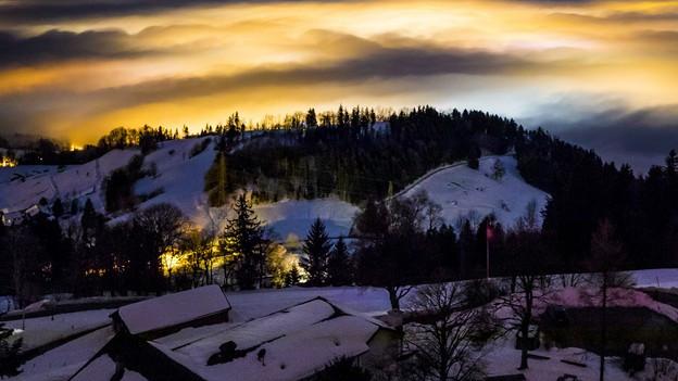 Zürcher Oberland bei Nacht
