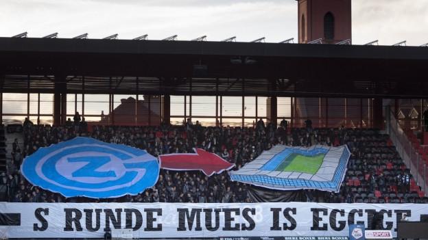 Fans im Letzigrund freuen sich auf das neue Hardturmstadion.