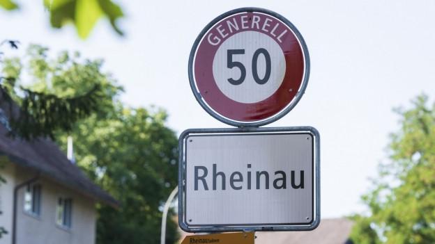 Ortstafel von Rheinau