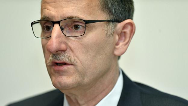 Portrait von SP-Regierungsrat Mario Fehr.