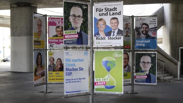 Wahlplakate in Zürich.