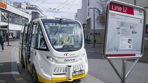 Der selbstfahrende Bus in Neuhausen ist wieder unterwegs
