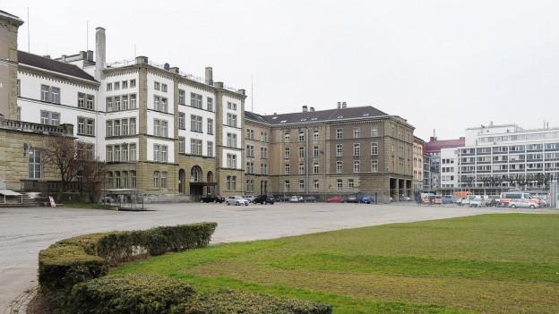 Seit Jahrzehnten wird in Zürich über das Kasernenareal gestritten.