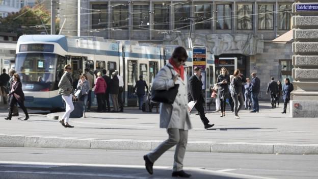 Im Kanton Zürich sind die Trams, Busse und S-Bahnen bei Passagieren sehr beliebt.