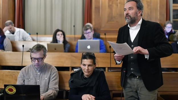 Parlamentarier im Zürcher Stadtparlament.