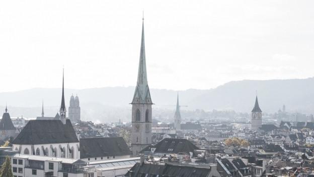 Grossmünster und St. Peter in Zürich