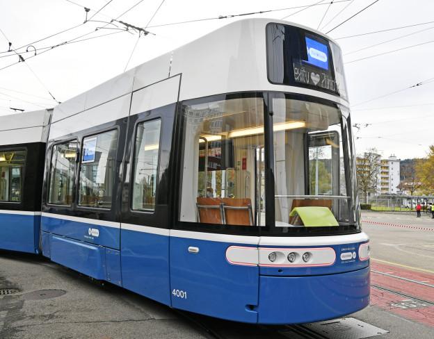 Bereits vor Jahren hätte das «Flexity»-Tram ankommen sollen.