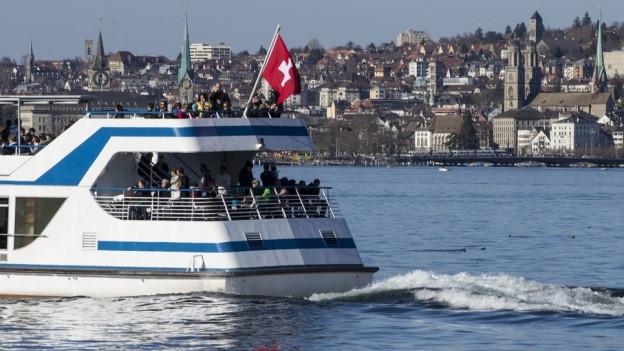 Die Kursschiffe der ZSG fahren noch länger mit Diesel