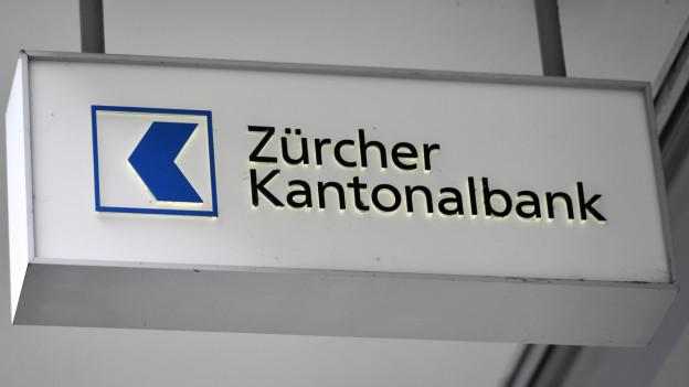 Logo der ZKB am Hauptsitz in Zürich