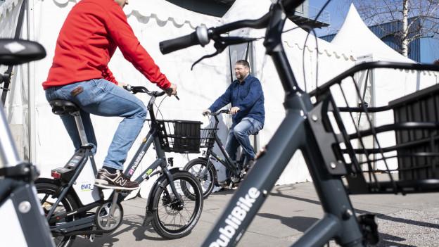 Vermieter von Velos und E-Bikes profitieren vom Trend.