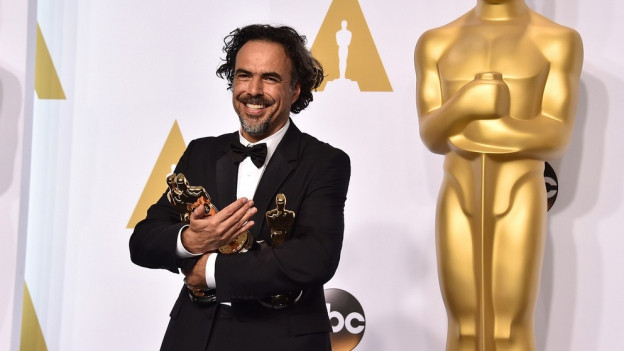 Alejandro Gonzalez Inarritu als USA Academy Awards 2015 cun trais Oscars enta maun.