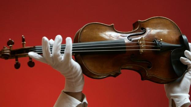 Ina violina da Stradivari.