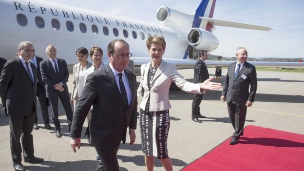 Sommaruga e Hollande al eroport
