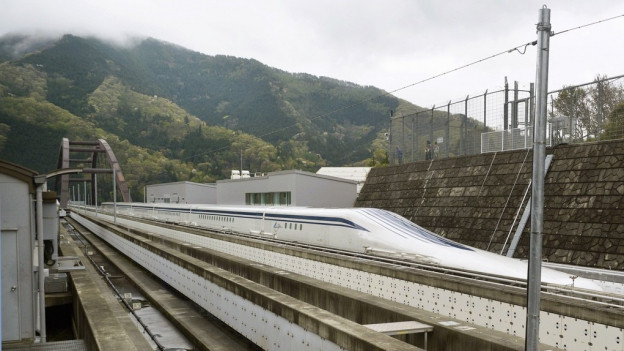 Il tren giapunais Maglev sin ina punt.