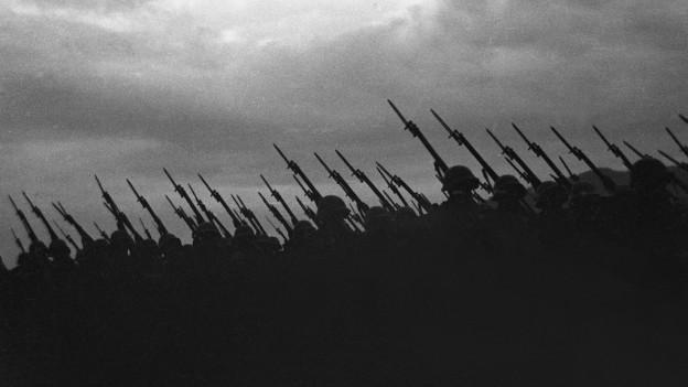 Segunda Guerra mundiala: marsch da schuldada svizers.