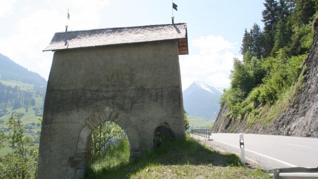Porclas, la porta en Val Lumnezia