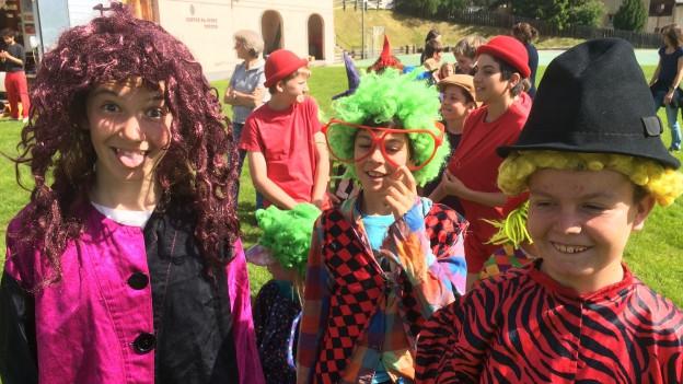 Circus Lollypop – scolars da Zuoz pronts per la gronda show.