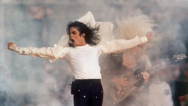 Michael Jackson chanta durant il Super Bowl il 1993.