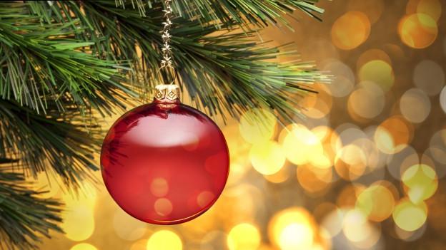 Rucla da Nadal che penda vid in rom.