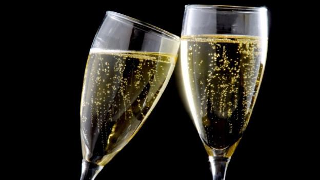 Dus glas da champagner.