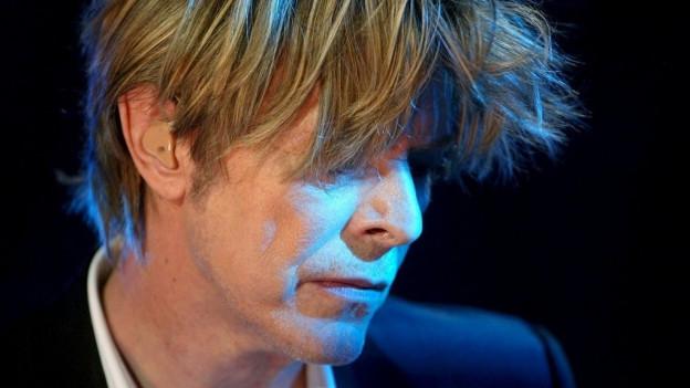 Purtret da David Bowie.