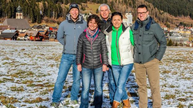 Purtret dal team da Viva Disentis: Stefan Schwenke, Judith Huonder, Hans Möckli, Corinne Staub, Michel Pola (da sanester).