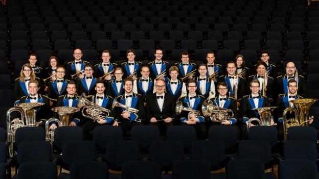 Purtret da la Brass Band Berner Oberland.