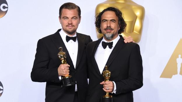 Leonardo DiCaprio tegn ses Oscar