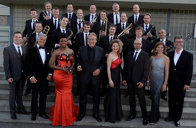 Fotografia da gruppa da la Pepe Lienhard Big Band