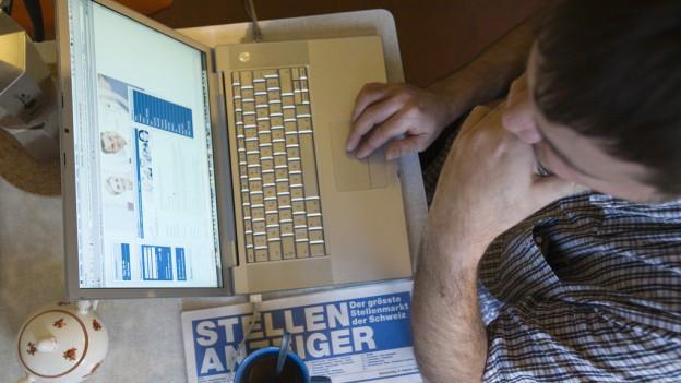 Adina dapli firmas pretendan ina annunzia per ina plazza en furma digitala.