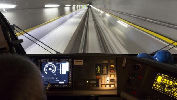 Tunnel da basa dal Gottard