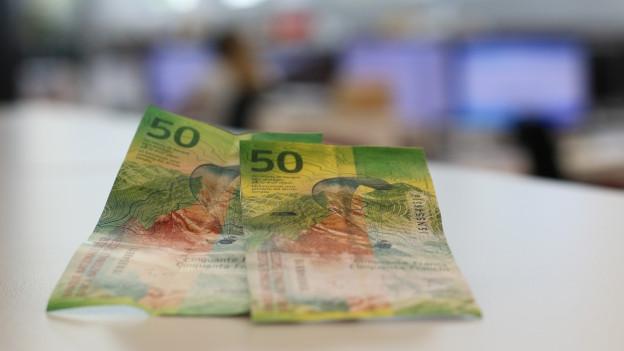 Bancnota da 50 francs gista e faussa.