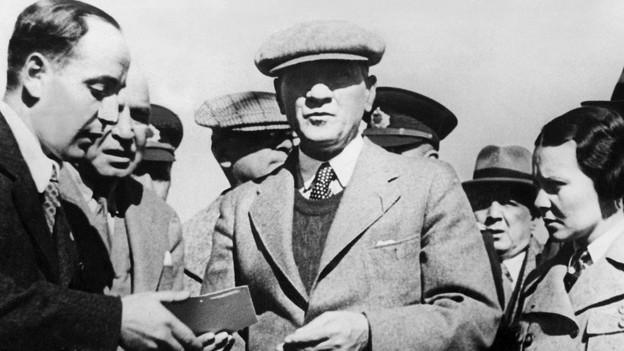 Kemal Mustafa Atakür (1881-1938) imprim president Tirc.