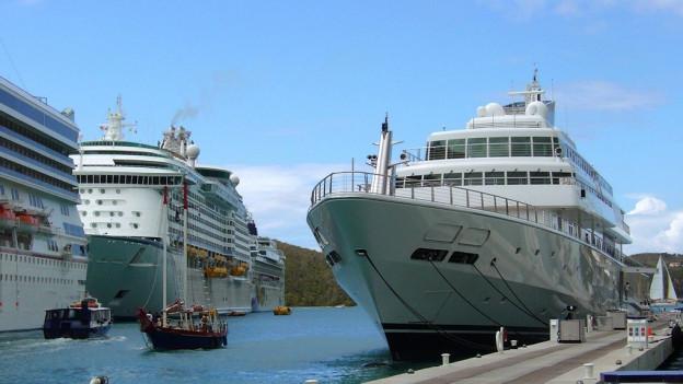 Il port da St. Thomas, ina insla da las Inslas Virginas dals Stadis Uni da l'America