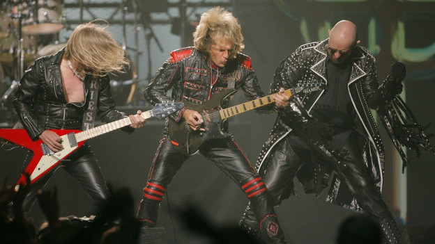Ils chantadurs e musicists da la gruppa Judas Priest.
