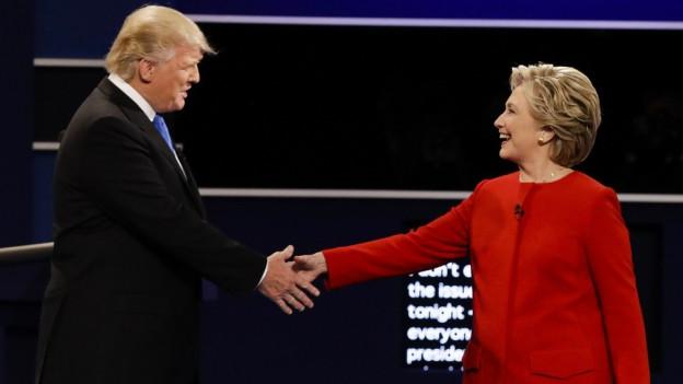 Donald Trump e Hillary Clinton pudessan investir ensemen 4 milliardas dollars.